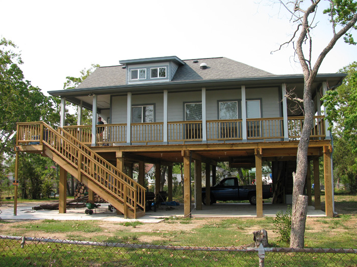 Photos of custom built homes in coastal areas of texas for Custom homes photos